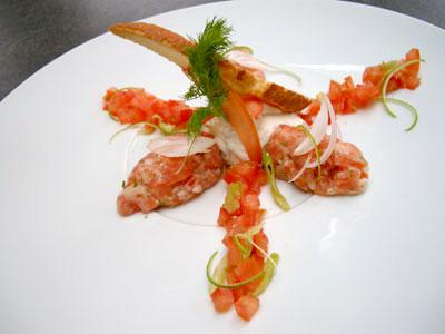 Tartare de saumon à l'aneth et sa crème de citron vert