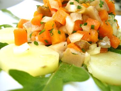 Tartare de hareng et pommes de terre tièdes